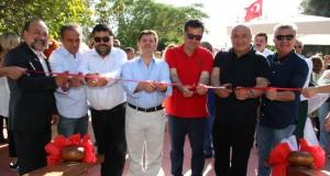 Açılış Kurdelasını Kaymakam Mehmet Gödekmerdan, Başkan Mehmet Kocadon ve BODTO Başkanı Mahmut Kocadon kesti